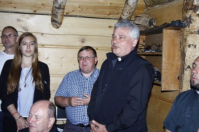 Kardynał Krajewski odwiedził naszych oazowiczów